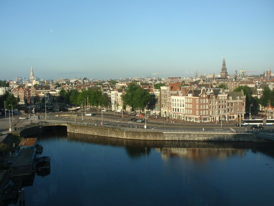 DoubleTree by Hilton Hotel Amsterdam Centraal Station : View from our room
