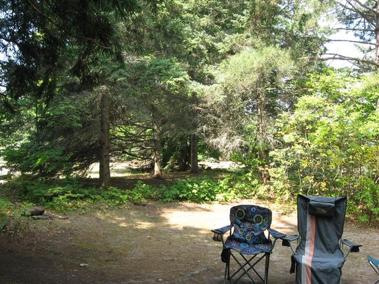 Barnes Park Campground: Hanging out