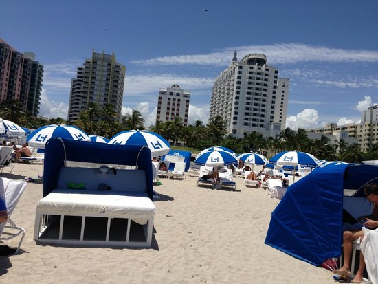 Loews Miami Beach Hotel: playa sombrillas alquiler