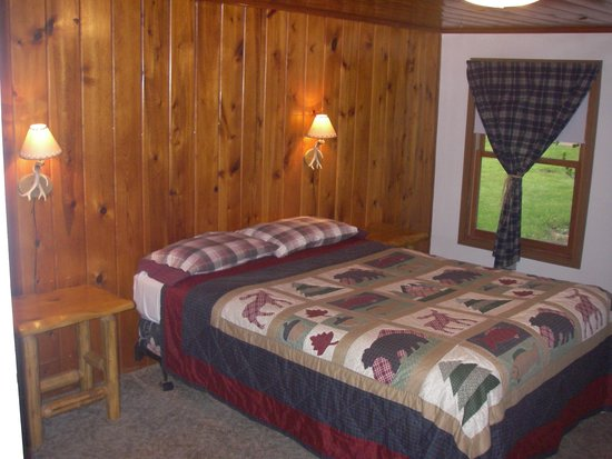 Lake Park Campground and Cottages: Cozy