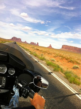 Canyonlands Motel : Heading to Monument Valley