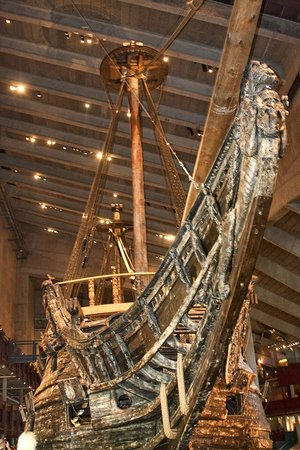 Vasa Museum: Bow of ship