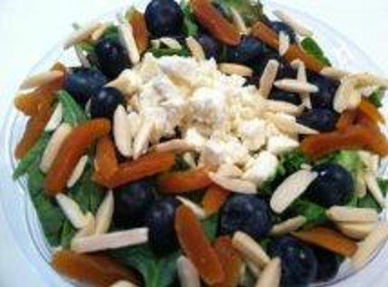 Mason Dixon: Bluebery alond salad