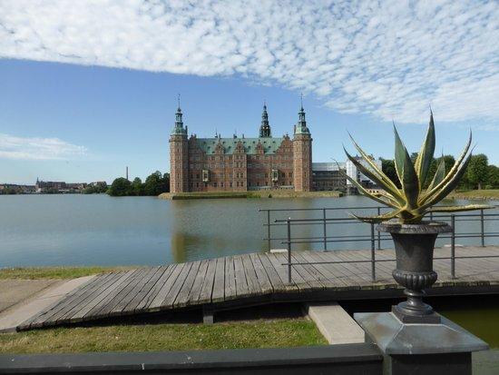 Frederiksborg Castle: view from gardens