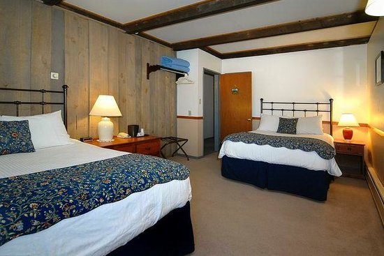Cristiana Guesthaus: Queen and Double bed room