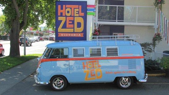 Hotel Zed's VW microbus