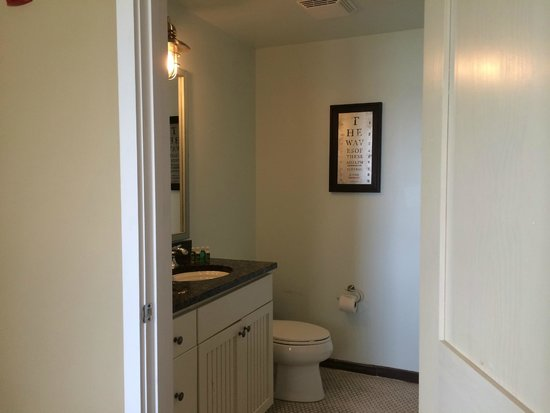 Bluegreen Vacations The Soundings, Ascend Resort Collection: Master Bath