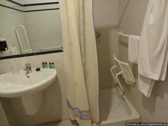 San Francisco Hotel : Bath