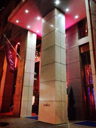 Andaz Wall Street: Elegant and modern entrance to the hotel from Water St.