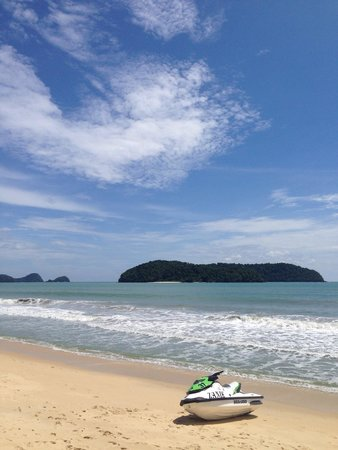 Cenang Beach: Need more words?