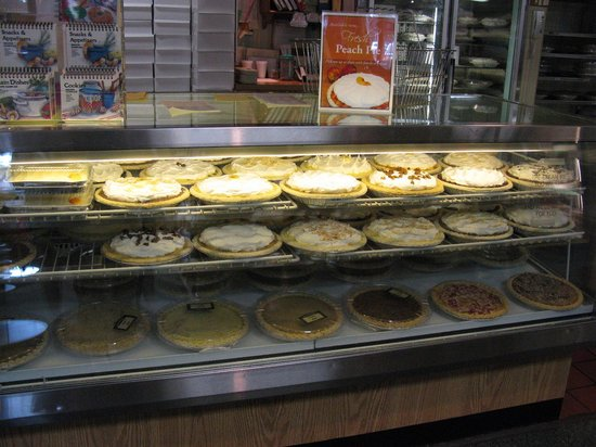 Essenhaus Inn & Conference Center: 30 different pies in the bakery