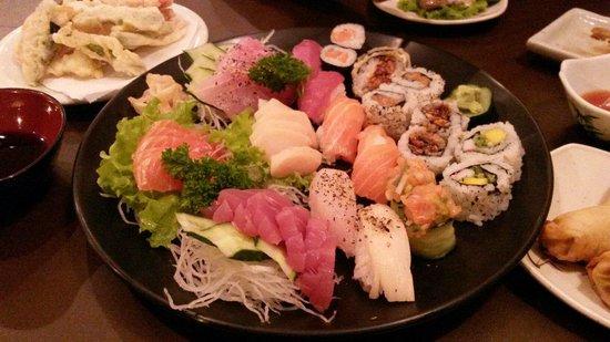Yokozuna : Sashimi variado rodízio