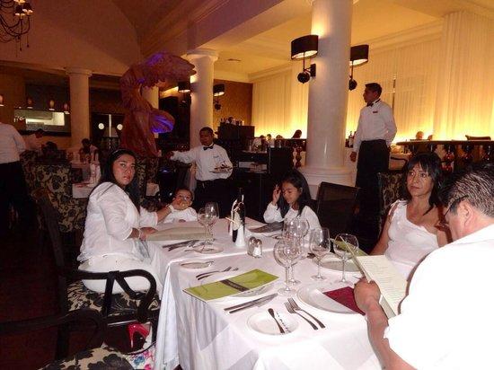 Barcelo Maya Palace: Excelente lugar..
