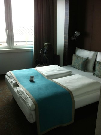 Motel One Muenchen City Sued : bed