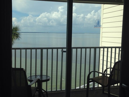Sailport Waterfront Suites : From the balcony