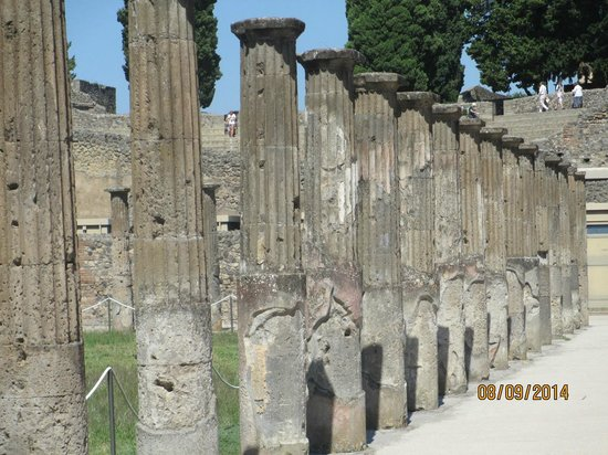 Scavi di Pompei: Columns
