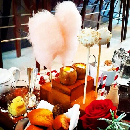 One Aldwych : Charlie & The Chocolate factory Afternoon Tea