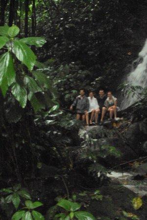 Princesa de la Luna Eco Lodge: Waterfall hike