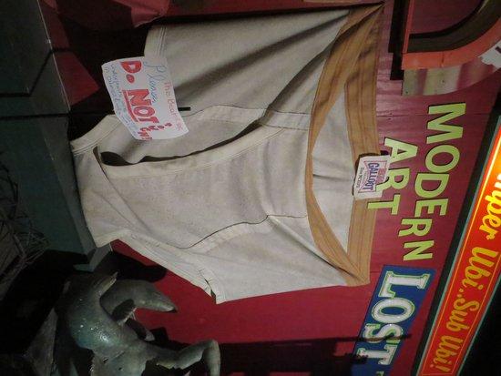 City Museum: World's largest pair of underwear?