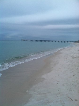 Hilton Pensacola Beach: Early morning view from the balcony