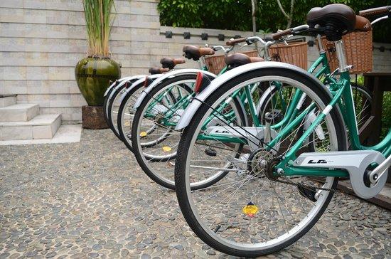 Anantara Mai Khao Phuket Villas: Bicycle station