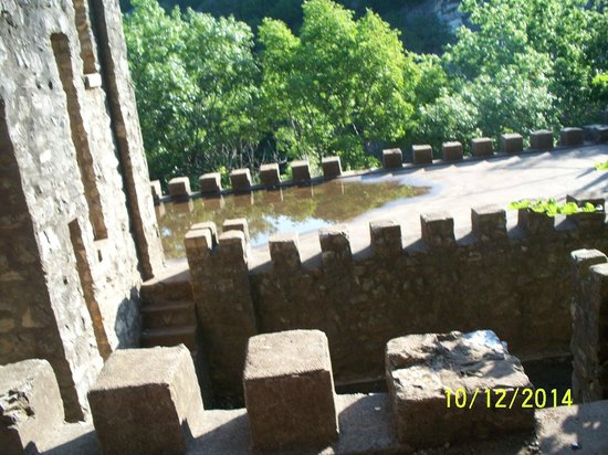 Turner Falls Park : The castle
