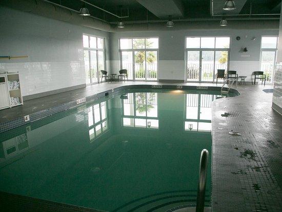 Prestige Oceanfront Resort, BW Premier Collection: Hotel pool