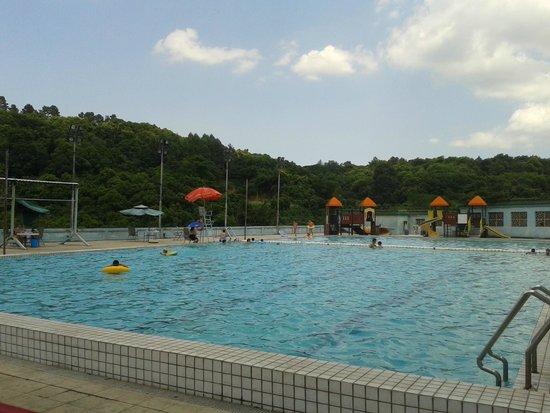 Wenzhou Jingshan Forest Park : Outdoor pool