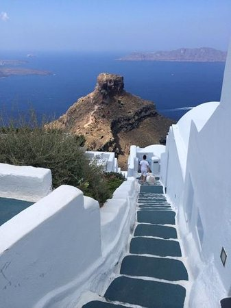 Skaros Rock: view from stair
