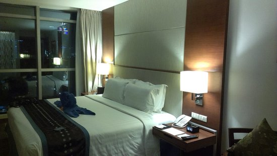 Best Western Plus Lex Cebu : great room