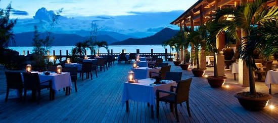 An Lam Ninh Van Bay Villas: Restaurant deck