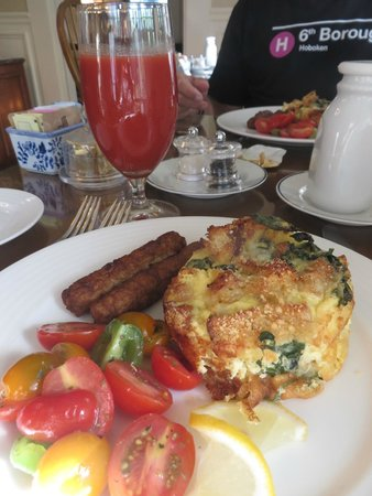 Liberty Hill Inn: Spinach Strata