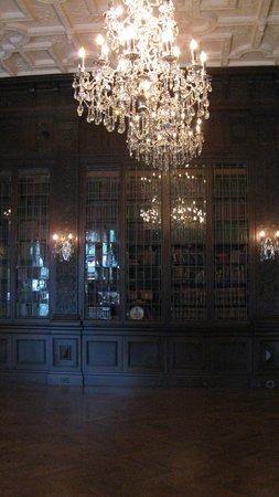 Casa Loma: bibliothèque