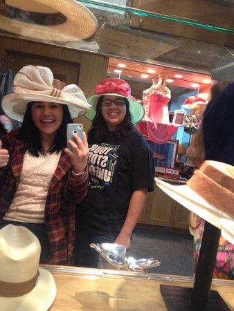 Kentucky Derby Museum: Hats
