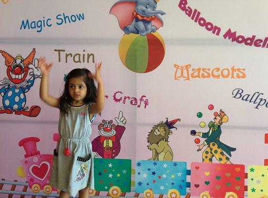 The Leela Ambience Gurgaon Hotel & Residences: Alissha ready to enter Kids Zone