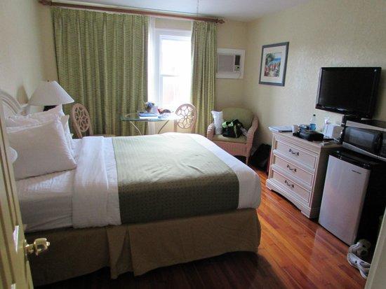 Hollander Hotel: Room 318