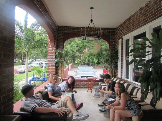 Hollander Hotel: Hotel veranda