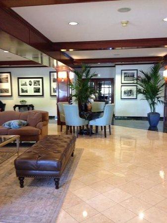 Ayres Suites Diamond Bar: Lobby