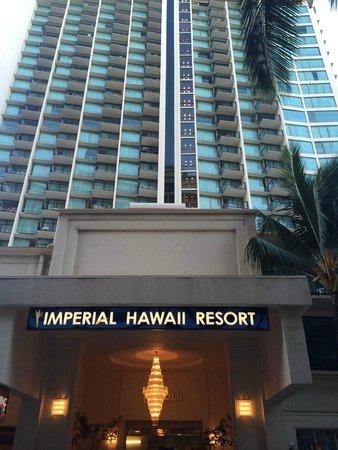 The Imperial Hawaii Resort at Waikiki : ホテル正面