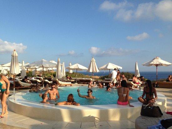 Destino Pacha Ibiza Resort : Jacuzzi