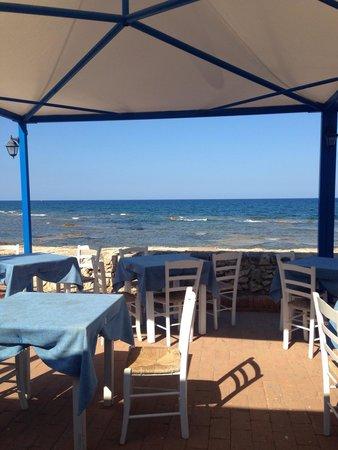 La terrazza sul mare foto di al boccone ristorante - Terrazzi sul mare ...
