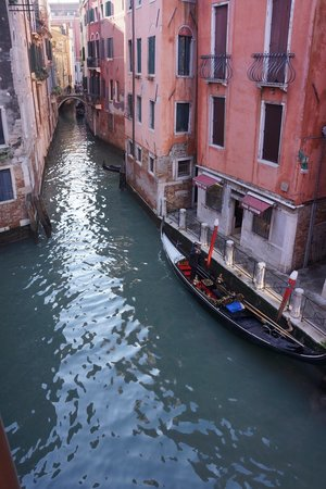 Starhotels Splendid Venice: Canal View Room