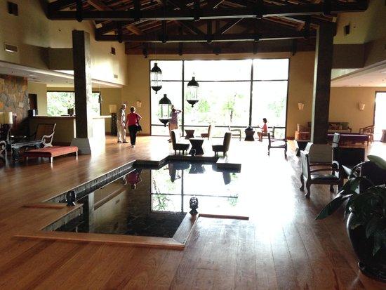 Loi Suites Iguazu: Lobby Area