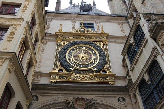 Rue du Gros Horloge : Torre dell'orologio