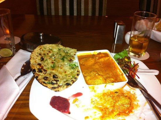 The Metropolitan Hotel & Spa New Delhi: Bar Chutney