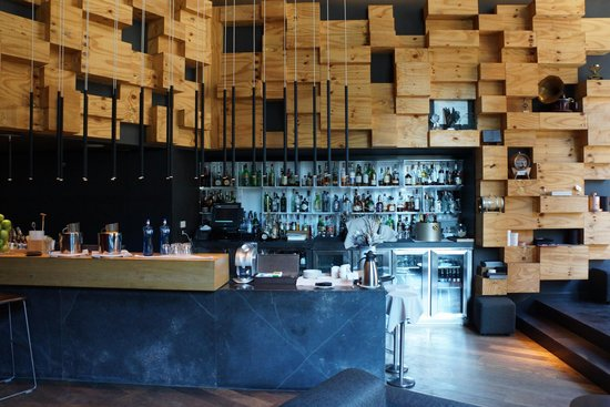 Hotel Ohla Barcelona: Waiting lounge and bar