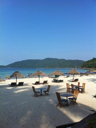 BuBu Villa: the beach