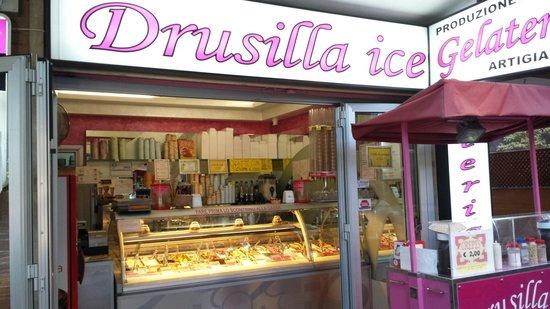 Gelateria Drusilla Ice