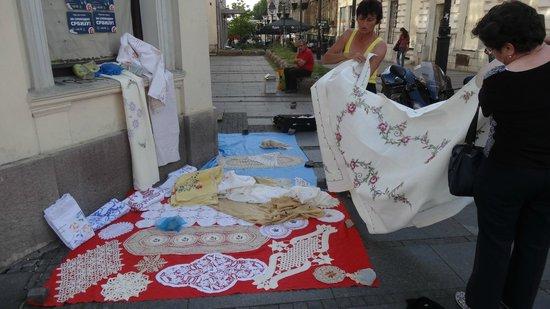 .. на Knez Mihailova.. продаются и кружева ручной работы