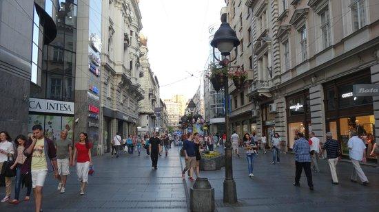 Пешеходная улица Knez Mihailova...